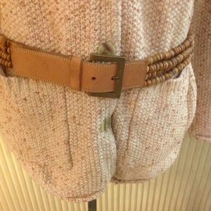 Accessories - Waist belt in leather and wooden beads